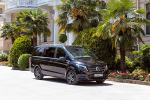 Преимущества аренды Mercedes V-класса
